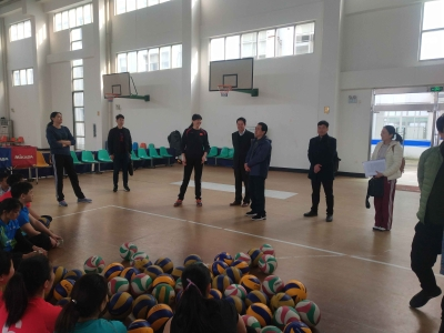 省残疾人文化体育指导中心来锡调研坐排队集训工作